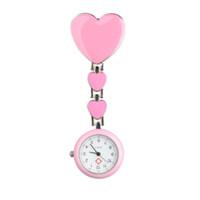 серьги оптовых-Shellhard Women Chic Heart Shape Cute Watch 7 Colors Pendant Clip-On Brooch Fob Pocket Analog Alloy Quartz Nurse Watches