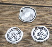 ingrosso pendente di lettera h-20 pz / lotto vintage lettera H Charms in argento tono alfabeto H charm ciondolo 18X18mm