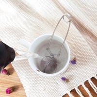 infusor colador bola de té al por mayor-Preferencia HELLOYOUNG de Infuser del té del acero inoxidable del pote del té Infuser esfera de malla del tamiz del té de la bola de la manija