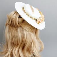 vestido de novia de rendimiento al por mayor-2019 Hotsale FEIS británica banquete pluma flor sombrero novia vestido de boda estudio etapa rendimiento espectáculo foto cabeza joyería