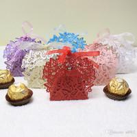 ingrosso farfalle baby shower-Tagliare la scatola di caramelle farfalla vuota con il nastro per la festa nuziale Baby Shower Bomboniere regalo Multi Color Exquisite Package 0 5gs jj