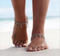 ingrosso catena di piede indiana-Gypsy Fashion Women Chain Ankle Bracelet Argento antico Fiore Piccole campane Palla Nappa Caviglia Catena a piedi Costume indiano Cavigliera