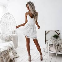 v boyun sırtı olmayan bandaj toptan satış-Beyaz Seksi Kadınlar Dantel Elbise Akşam Yaz Derin V Boyun Backless Patchwork Elbiseler Moda Kolsuz Halter Bandaj Mini Vestido