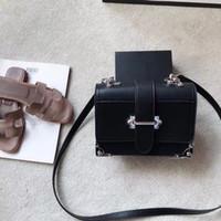 bolsos reales del diseñador del cuero negro al por mayor-Bolsos de hombro de calidad superior de las mujeres bolso de crossbody de la cadena de cuero real bolso de diseñador famoso bolso femenino negro blanco azul claro