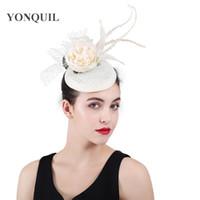 örtü klipsleri toptan satış-2018 Yeni fedora veils şapka İmitasyon sinamay saç klipleri çiçek fascinator düğün tuhafiye şapkalar parti headpieces düğün şapka SYF414