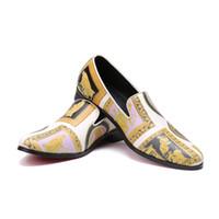 imágenes de vestimenta casual de hombres al por mayor-Imprimir zapatos de hombre de cuero genuino Slip On zapatos de vestir de fiesta Imagen de moda hombres holgazanes de nuevo diseño blanco calzado informal