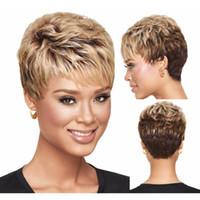 dalgalı saç satışı toptan satış-Cosplay Saç Vogue Kısa Peruk Sarışın Kahverengi Peruk Kadınlar Için dalgalı Saç Sentetik Peruk Isıya Dayanıklı Kısa Saç Satış