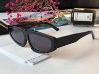 klassisches italienisches design großhandel-0145 Sonnenbrille Luxus Männer Beliebte Piloten Form Kunststoffrahmen Retro Männer Design Gläser Linsen Klassischer Entwurf Klapp Stil Italienische Designer