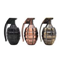 moulins à grenade achat en gros de-Date Grenade Bombe Forme En Alliage de Zinc Herb Grinder Épice Miller Crusher Haute Qualité Belle Couleur Unique Design Haute Qualité DHL Gratuit