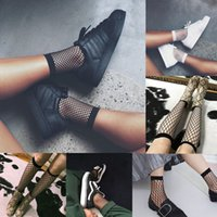 Wholesale Ankle High Hosiery - Hot Sexy Women Socks 2017 Fashion Ruffle Fishnet Ankle High Socks Ladies Causal Hosiery Mesh Lace Fish Net Short