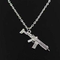 pistolet de fille de mode achat en gros de-Simple classique mode mitrailleuse fusil dʻassaut Antique pendentif en argent fille courte longue chaîne colliers bijoux pour femmes
