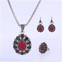 Wholesale vintage glass plates silver set - Jewelry Sets Wholesales - Chocker Ring Chandelier Sets Vintage Sliver Plated Necklaces Pendants Blue Red Glass Dangle Earrings