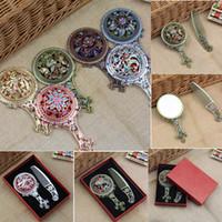 bakır kozmetik toptan satış-Oymak Makyaj Aynası Tarak Set Retro Klasik Vintage Kompakt Bakır Altın Kozmetik El Ayna ile Saç Tarak AAA394
