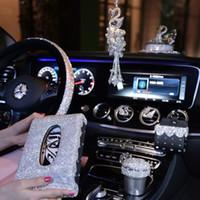 kızlar telefon tutucuları toptan satış-Kızlar için kristal Direksiyon Kapakları Araba Dekorasyon Aksesuarları Çıkış Hava Firar Telefon Tutucu Klip Rhinestone Küllük Kadınlar