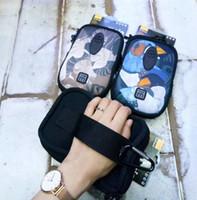 equipar bolsas al por mayor-El paquete multifuncional de brazos para ejercicios al aire libre de alta calidad se puede equipar con la billetera para llaves del teléfono móvil con los artículos de mano que llevan el brazo del brazo b