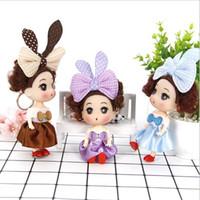 prenses minis bebekleri toptan satış-100 adet Mini Bebekler Oyuncaklar Anahtarlık Prenses Bebekler Kız Anime Brinquedos Hediye 12 cm Bebek Action Figure Oyuncak