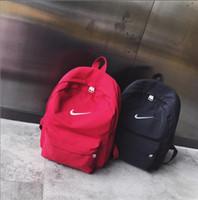 mochila de caminhada de nylon venda por atacado-Novo Designer de Mochila Ao Ar Livre Esporte Marca Mochilas Para As Mulheres Homens Bolsa de Ombro Zipper Sacos de Escola Grande Moda Casual Caminhadas