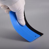 tecido de vinil azul venda por atacado-FOSHIO Tecido Azul Sentiu Rodo Folha Da Janela De Fibra De Carbono Envoltório Do Carro Do Vinil Ferramentas 12 * 8 cm Adesivos Embrulho Raspador Acessórios Do Carro