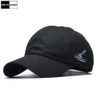 sombrero negro adulto al por mayor-[NORTHWOOD] 2017 Verano Sólido Gorra de béisbol Hombres Marca Hombres Gorras de béisbol Negro Blanco Sol Sombrero de camionero para adultos
