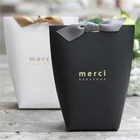 marine-süßigkeiten-boxen großhandel-Merci Brief Designer Papierfalten Geschenkboxen Französisch Thanks Theme Keine Band Candy Verpackungsbeutel Hochzeit Dekorationen Zubehör 0 5jx ZZ