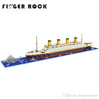 minik süper kahramanlar toptan satış-Toptan-Titanic Blokları Elmas Yapı Taşları DIY Assemblage Modeli Mini Tuğla Arkadaş ve Aile için Romantik Mevcut Hediye