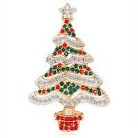 china branca da árvore de natal venda por atacado-Nova liga de ouro vermelho verde branco strass zircão broches de árvore de natal para mulheres meninas presentes moda pinos roupas acessórios