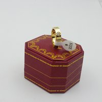 rosé vergoldeter edelstahl großhandel-3 Farben Edelstahl Liebesringe mit Diamant Stein Roségold Silber Vergoldet Jäten Ring für Frauen und Männer mit Originalbox