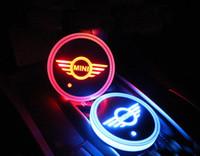 mini cooper luzes venda por atacado-2 pçs / set Car Styling BMW MINI Cooper Coopers logotipo Crachá Carro Levou Brilhante Copo de Água Mat Luminosa Coaster Atmosfera luz