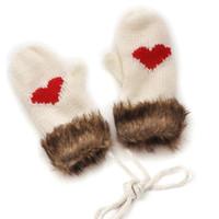 ingrosso lavorazione a maglia della pelliccia-MISS M Winter Fleece Warm Knit Guanti Haling Hands Soft Guanti a forma di cuore Warm Woolen Yarn Fur Mittens 100% Acrylic Neck
