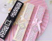 caixas favoritas do casamento venda por atacado-Seda chinesa Dobrável De Seda Luxuoso Mão Dobre Ventilador em Elegante Caixa De Presente De Corte A Laser Favores Do Partido Presentes De Casamento WN483