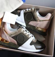 mix tamanho sapatos venda por atacado-NOVAS Sapatilhas de grife Marca Mulher Homem Sapatos de Malha De Couro Misturado Cor Trainer Corredor Sapatos Unisex Tamanho EUA 4-11