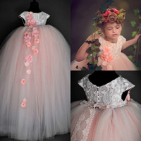 Wholesale wedding flowers pics - Princess Girls Birthday Dresses Real Pic 2018 ins Cap Sleeves Lace Bodice Cute Pink Flower Girls Dress Buttons Back Full Length Custom Made