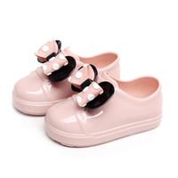 botas de lluvia zapatos de lluvia al por mayor-Botas de goma para niñas Zapatos de moda para niños Impermeable para niños Punto Bowknot Botas de lluvia para niños Zapatos para niños de lluvia
