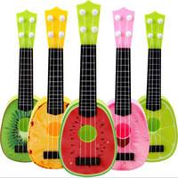 simulação de guitarra venda por atacado-Novas Crianças Crianças Fruta Ukulele Pequeno Guitarra Instrumento Musical Toy Simulação Quatro Cordas Guitarra Instrumento Play Brinquedos Presente