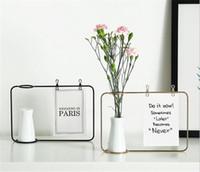 nuevos marcos de fotos de diseño al por mayor-Nueva oficina Soporte de marco de foto de hierro creativo Soporte de clip de tarjeta postal Decoración para el hogar Diseño de moda Amigos de familia Marco de fotos con florero