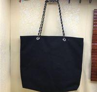 novo estilo cosméticos sacos venda por atacado-Novo estilo de compras cadeia de lona saco de luxo padrão saco de viagem saco de lavagem das mulheres cosméticos maquiagem de armazenamento caso de lona vip presente
