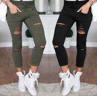calças de estiramento branco para mulheres venda por atacado-Novo 2016 Skinny Jeans Mulheres Denim Calças Buracos Destruído Calças Lápis Na Altura Do Joelho Calça Casual Preto Branco Estiramento Rasgado Jeans
