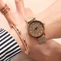 marcas de relojes de señora vintage al por mayor-2018 Las mejores marcas de relojes de mujer reloj de cuarzo de moda para Damas banda de cuero marrón negro Retro Reloj de pulsera femenino vintage