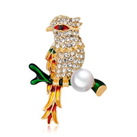 Wholesale korean corsage brooch resale online - Korean Version of the High end Diamond Drop Color Bird Corsage Clothing Retro Alloy Rhinestone Insect Pin Fashion Wild Jewelry Women Gift