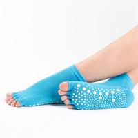 дамы носки пальцы оптовых-Женский пять пальцев йога носки чистый хлопок не скольжения Леди движения дезодорации спортивные носки Toed горячей продажи 5hl Ww