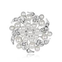 en iyi kristal broşlar toptan satış-Best Deal Yeni Kadın Moda Kristal Rhinestone Eşarp Toka İmitasyon İnci Broş Pin Takı için Parti Düğün Hediye
