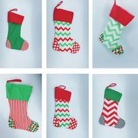 saco drawstring decorativo venda por atacado-Xmas Meias Sock Gift Bag Stripled Ornamentos Saco Decorativo Sacos de Cordão Decorações de Lona de Natal 6 Estilos HH7-1303