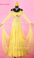 traje moderno amarillo al por mayor-Danza moderna vestido amarillo bordado con volantes gran dobladillo traje sin tirantes para salón de baile Nacional estándar vals jazz baile