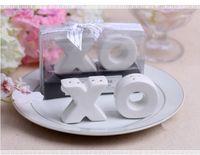abrazando sal pimienta al por mayor-2pcs / set wedding party favor gift and giveaways para invitados - Abrazos y besos XO Ceramic Salt and Pepper Shaker