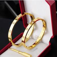 bracelets à vis sans fin en titane achat en gros de-Titanium Steel Love Bracelet argent or rose bracelet Bracelets Femmes Hommes Tournevis Tournevis Bracelet Couple Bijoux avec sac d'origine