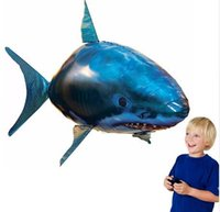 ingrosso rc squalo dirigibile-IR RC Air Swimmer nuotatore Shark Clownfish Flying Air Swimmers Gonfiabile Assembly Nuoto Pesce pagliaccio Remote Control Blimp Balloon