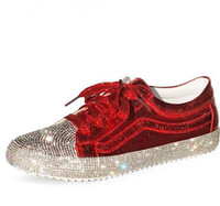 b04bbbe379deb 2018 Printemps Mode Marque Lady Chaussures Femmes Sneaker Strass Argent  Fille Cristal Bling Croix-attaché Lace Up Glitter Rouge