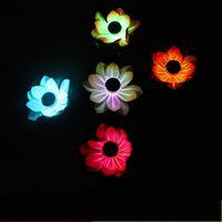lanternas flutuantes da água da flor venda por atacado-LED Lanterna De Lótus De Plástico Simulação Falsa Flor Lanternas de Energia Solar Para Decoração Do Partido Flutuante De Água Desejando Lâmpada 12cg UU