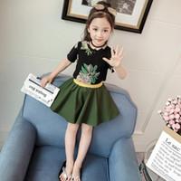 regenschirm rock mode großhandel-neue Art und Weisebabydruckt-shirt Rock des Sommers 2pcs setzt Mädchenoberseiten-Regenschirmrock-Kindkleidungskindkleidung eingestellt