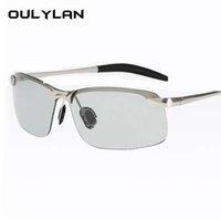 día noche gafas de sol al por mayor-Oulylan Gafas de sol fotocromáticas Hombres Decoloración camaleón polarizado Gafas de sol Sin montura masculina Día de conducción de gafas de sol